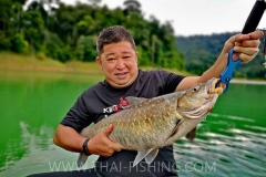 Mahseer-Lure-Fishing-Thailand-Jungle-Lake-Fishing-11